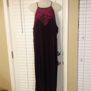 Vintage Intimates & Sleepwear - {Vintage}PLUS velour longline brocade slip/chemise